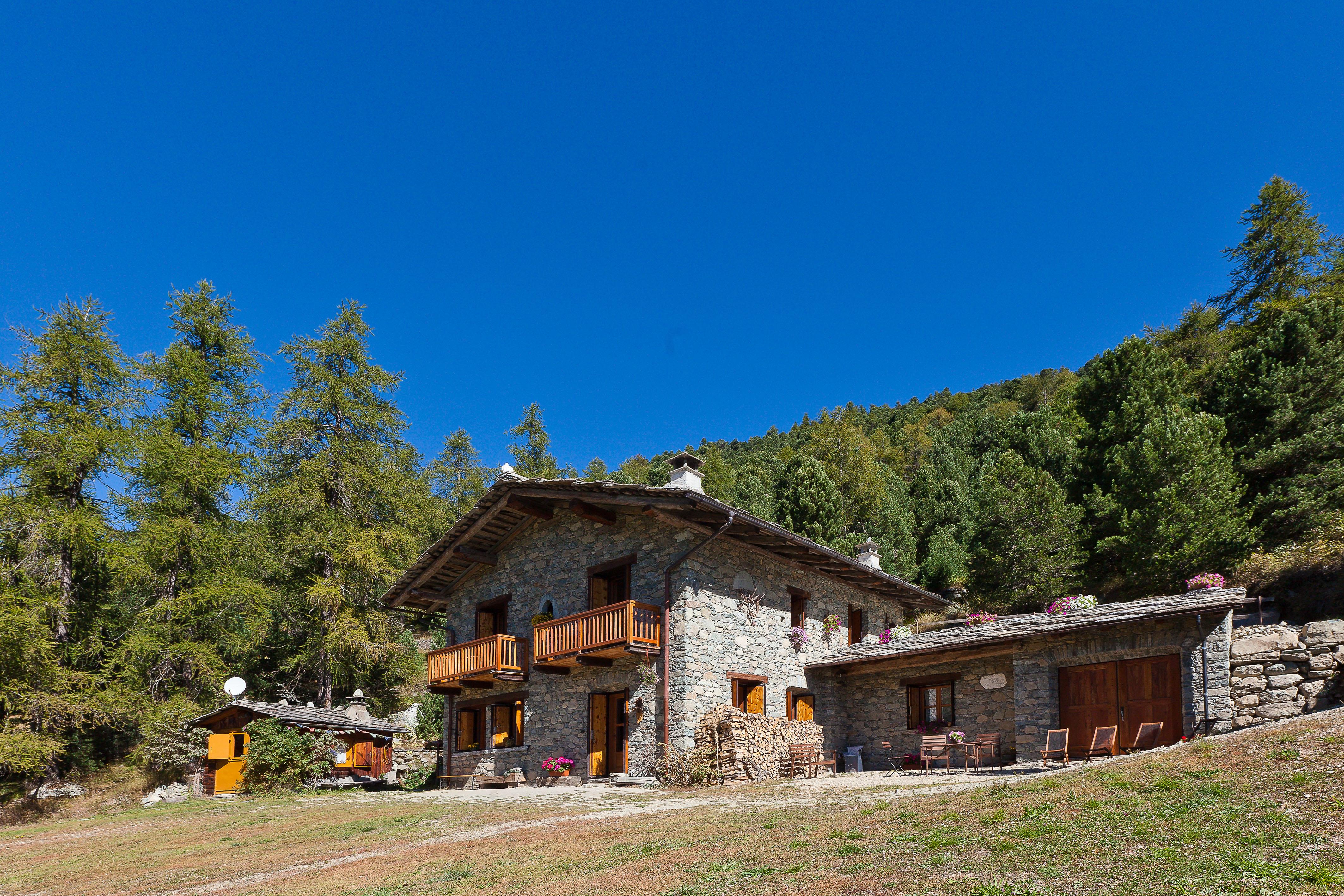 Italie, Valle Varaita, Pontechianale, Castello, refuge Grongio Martre,