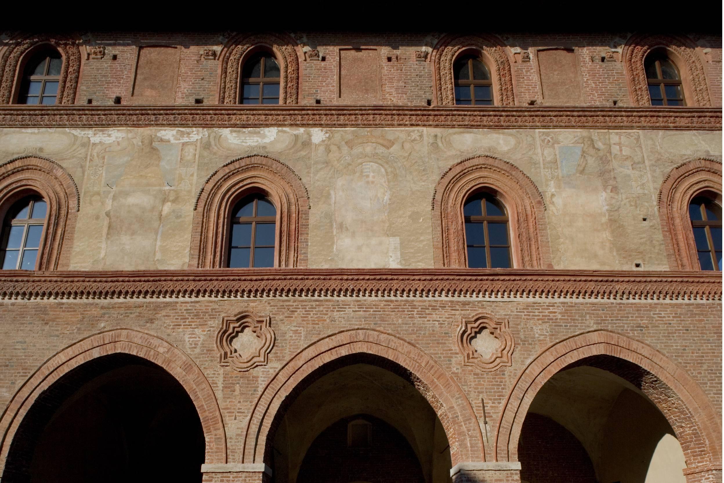 b.r. Saluzzo, Antico Palazzo Comunale particolare facciata di D.Fusaro