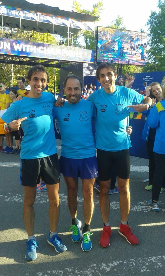 gemmeli dematties con le magliette di cecy onlus alla maratona di New York