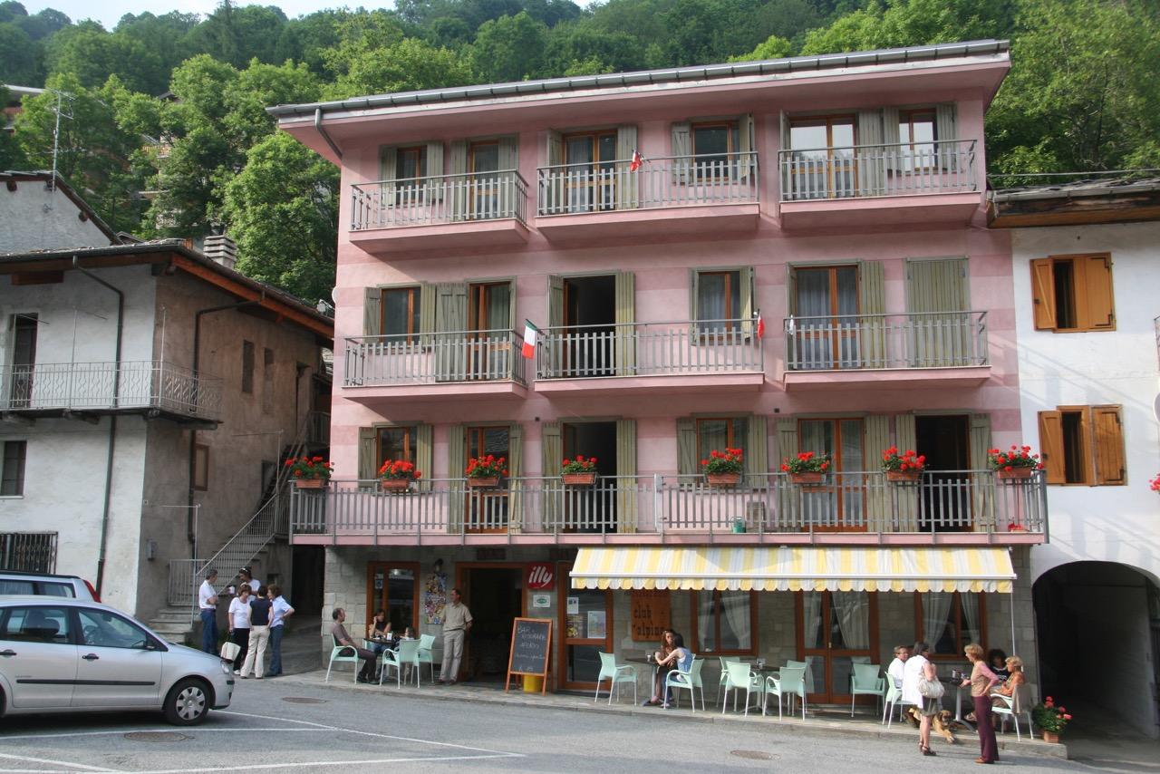 foto-club-alpino albergo crissolo valle po